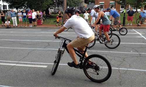 Slow_cycle_Race